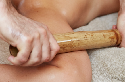 Wood massage: full body 50'
