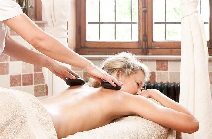 Hot Stone Massage 80'