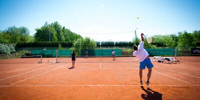 Thermae-Tennis-60.jpg