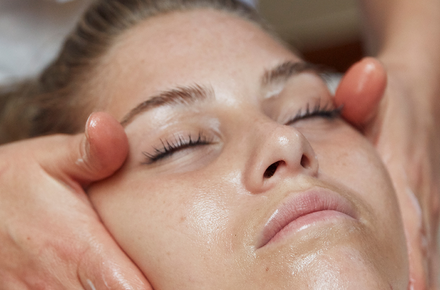 Summer Beauty Promo 2020: Facial Treatment