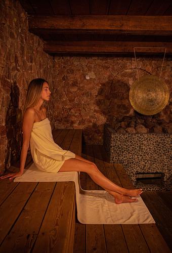 TB_2021_Salt-stone-sauna.jpg