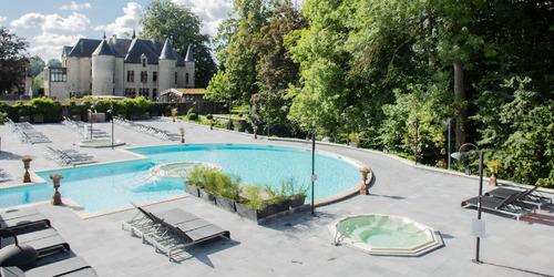 TB_2021_outdoor-swimming-pool.jpg